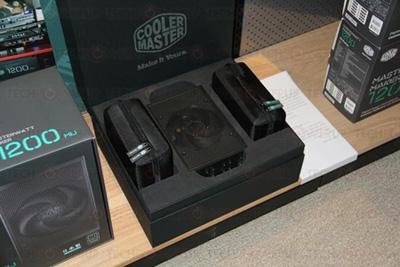 一款拥有1200瓦功率的PC电源,价格堪称PC电源领域贵族!