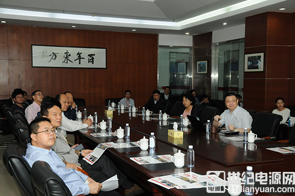 广东省外办傅朗主任在东莞市杨晓棠副市长的陪同下莅...