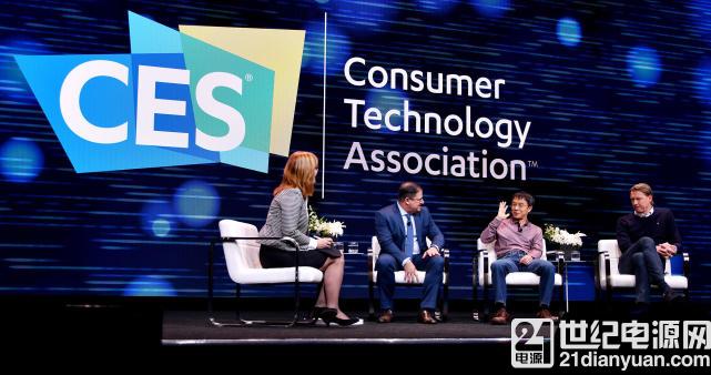 陆奇 CES2018 进行对谈:AI 与 5G 将带来变革
