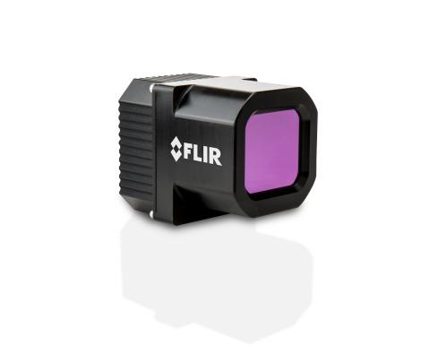FLIR 推出用于自动驾驶汽车的第二代热像仪和用于汽车维修的新型热像手持设备