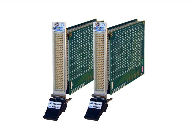 Pickering Interfaces 推出带有全面的继电器自检测功能的 256 节点双刀 PXI 开关矩阵