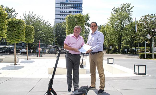 TUV 萊茵助力賽格威-納恩博電動滑板車獲德國 eKFV 認證